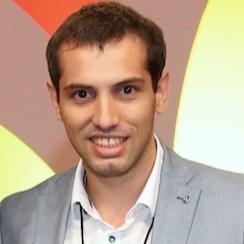 Lic. Sebastián Bezzo